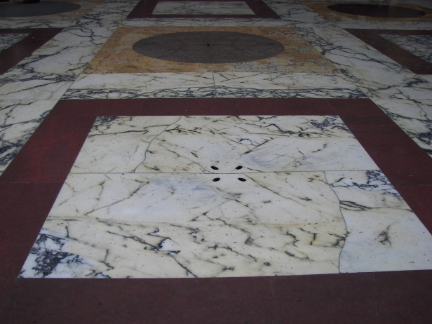 pantheon_floor_drainage_2